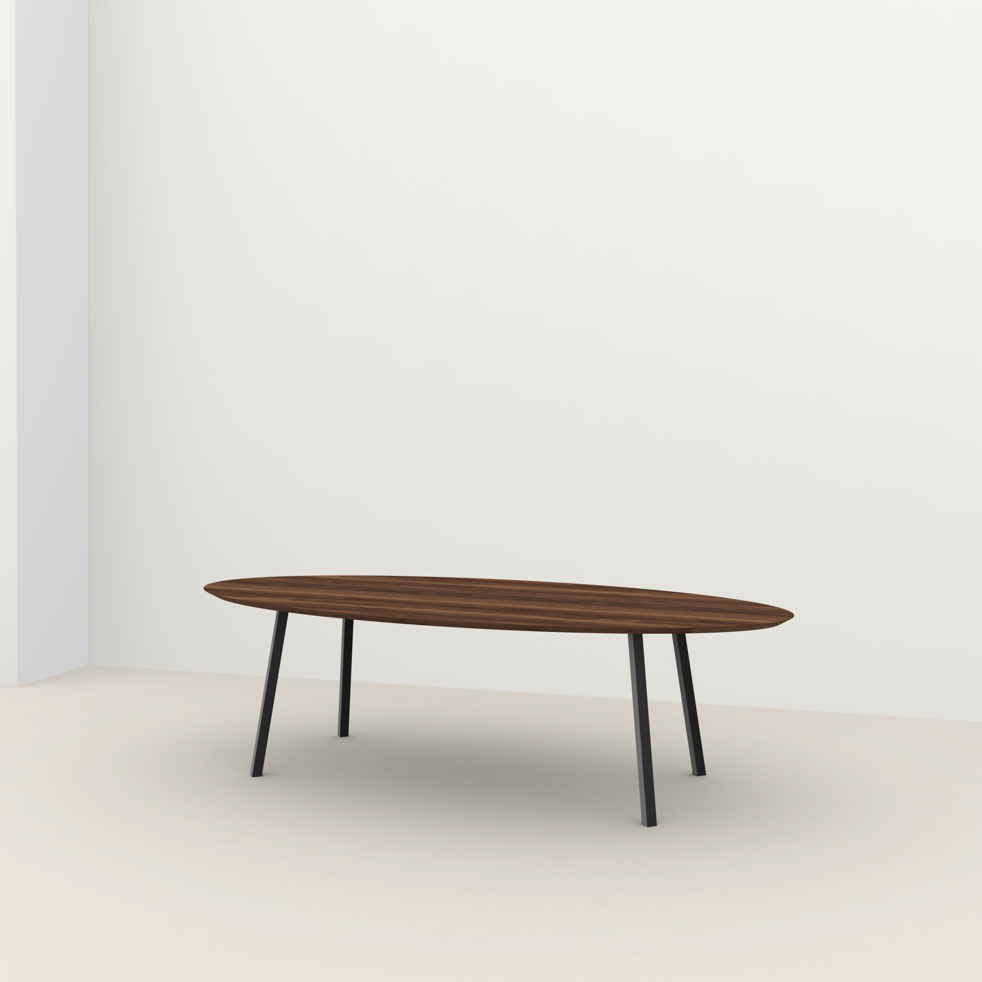 Ovale design tafel op maat | New Classic Steel black powdercoating | Walnut naturel lacquer | Studio HENK |
