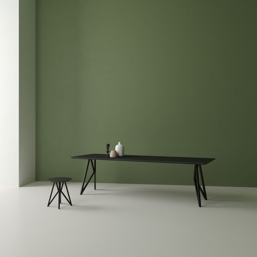 Design salontafel | Butterfly Quadpod Coffee Table Black | Oak black lacquer | Studio HENK | Setting