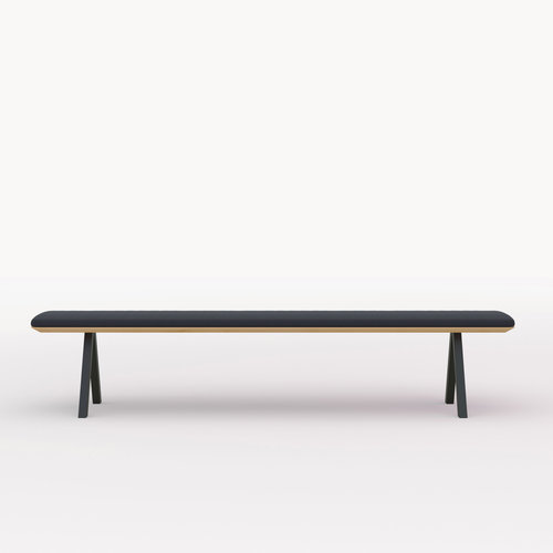 eettafelbank op maat | Slim X-type Bench Steel black powdercoating | Oak hardwax oil natural 3062 | Studio HENK | Cutout