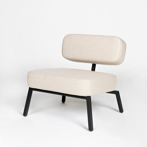 Design zitbank | Ode lounge chair 1 seater with armrest calvados multibeige9995 | Studio HENK |