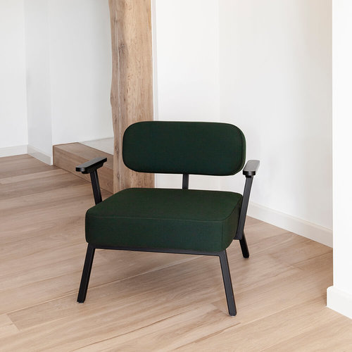 Design zitbank | Ode lounge chair 1 seater with armrest divina3 334 | Studio HENK |